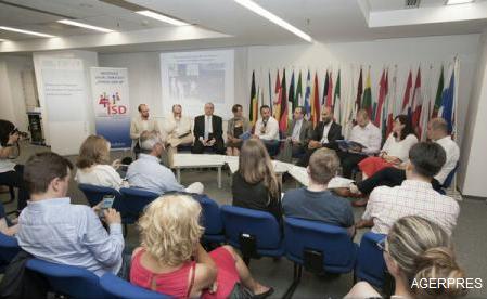 ISD-Ovidiu-Șincai-și-ENoP-au-lansat-studiul-Reconectarea-Europei-cu-cetățenii-săi-rolul-fundațiilor-politice